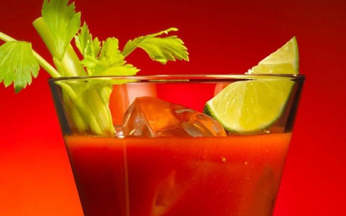 Овощной коктейль «Поцелуй»