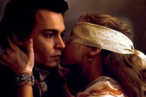 Поцелуй из фильма «Сонная лощина»