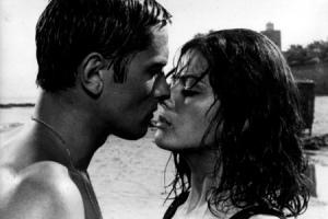 Поцелуй из фильма «Центурионы»