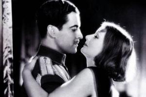 Поцелуй из фильма «Мата Хари»